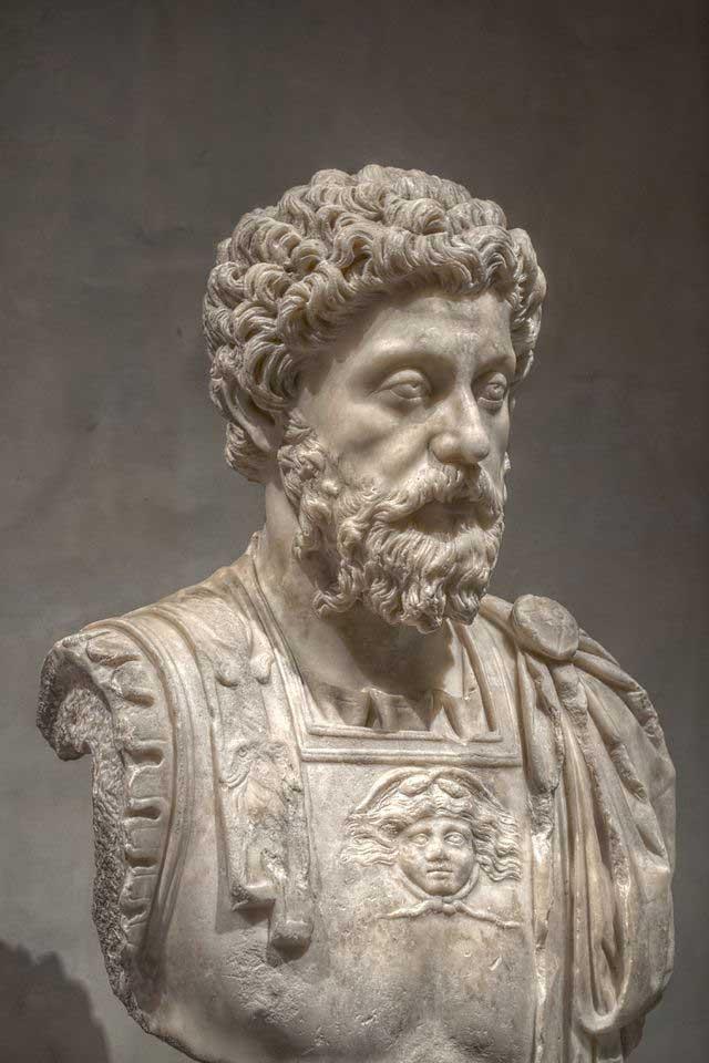 1068 0 Marco Aurelio
