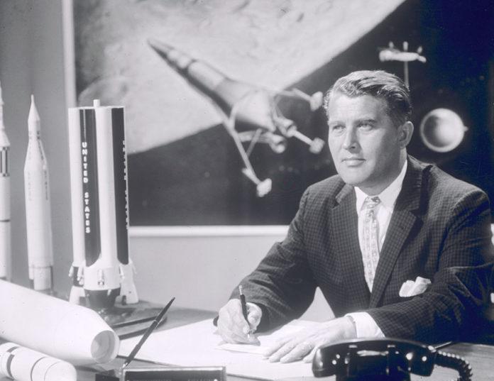 920 0 MODELLISMO   Vettori spaziali   Missili. Il padre della missilistica  Wernher Von Braun